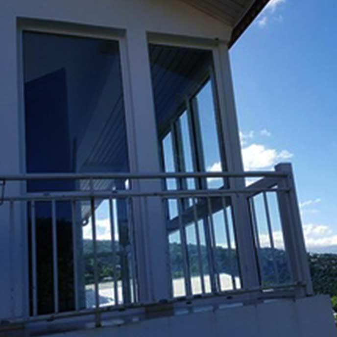Garde-corps et balcons en aluminium à La Réunion